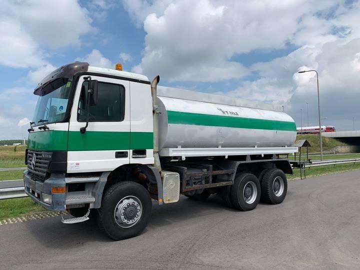 Mercedes-Benz Actros 3348 6x6 Water Truck - 2001