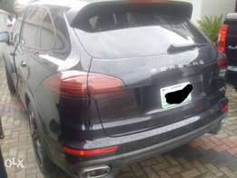 Super clean bought brand new reg 2016 Porsche Cayenne for sale.