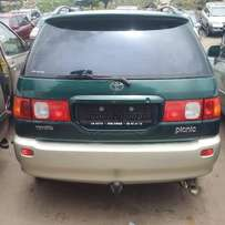 Toyota Picnic 2001 Automatic. Direct tokunbo