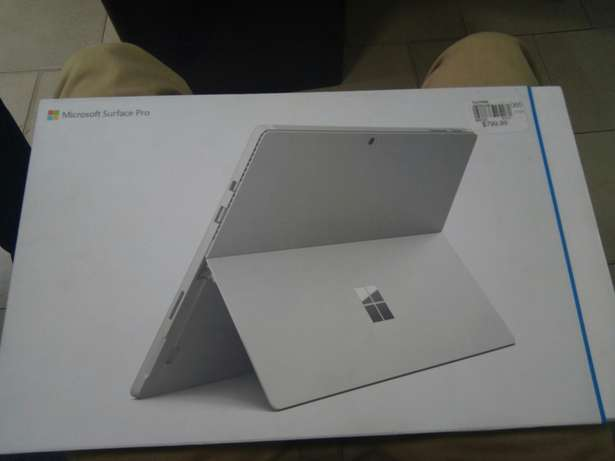 Microsoft Surface pro 4 core i5 128/4gb Brand new one 13.inch Whats Ikeja - image 1