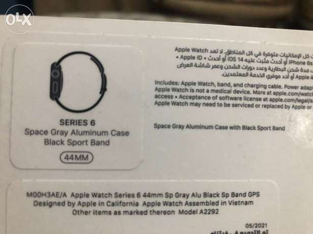 apple watch series 6 44m space gray with everything