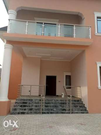 Standard brand new four bedrooms serviced duplex at diploma zone Abuja Abuja - image 1