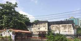 2 nos of detached property ripe for Redevelopment in Victoria island