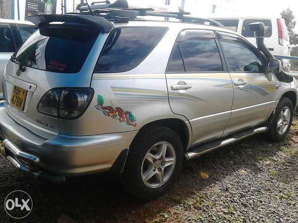 Toyota harrier petrol engine auto very very nice car and unique Langata - image 3