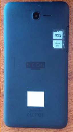 Safaricom NEON smart Tab on offer, as good as new Nairobi CBD - image 2