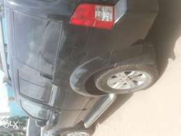 Niger used nissan pathfinder 2005 model three seater seat for sale