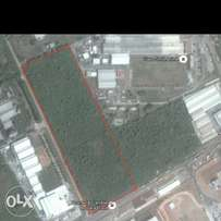Industrial land measuring 64,400m² for sale at agbara.
