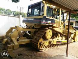 Catapiler bulldozer D6H not locally used 1990 model