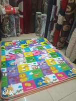 Baby playing mat size 4x6