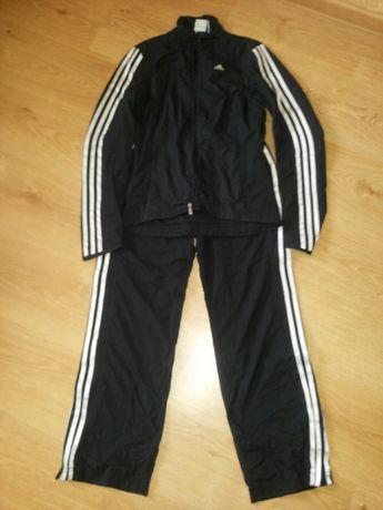 Спортивний костюм Adidas  350 грн. - Жіночий одяг Рівне на Olx 828befe4f49bd