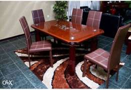 Dining table for 6setter