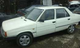 Renault 9 TSE stripping for spares