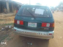 Used Toyota picnic automatic