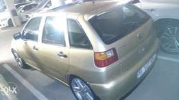 Polo Playa1.8 R38000 neat in and out