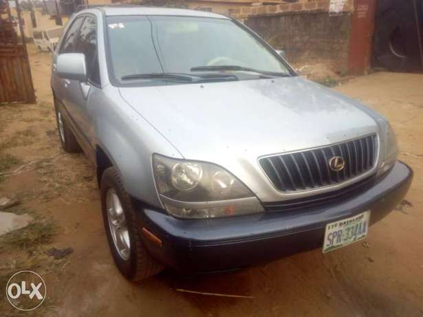 Very sharp Lexus RX 300 INCREDIBLY Clean, Awka South - image 4