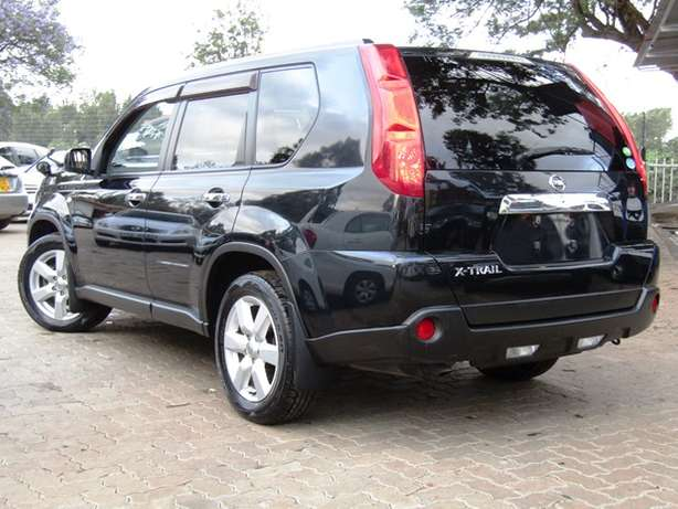 2009 Nissan Xtrail Available For Sale Nairobi CBD - image 3
