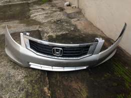 2008/09 Honda Accord Front Bumper and Grill