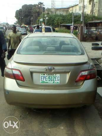 Very clean toyota camry 08 for urgent sales Surulere - image 8