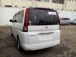 Nissan serena 1800cc,2010 model brand new on on sale.