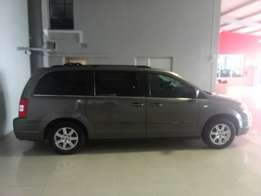 2011 CHRYSLER GRAND VOYAGER 3.8LX R189 900 with 123 009km