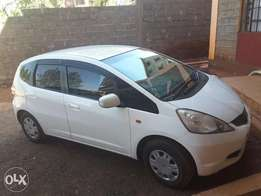Honda fit white 2008