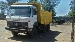 Tata tipper,quick sale.good condition