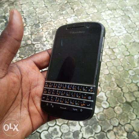 Blackberry Q10 for grab Calabar - image 2