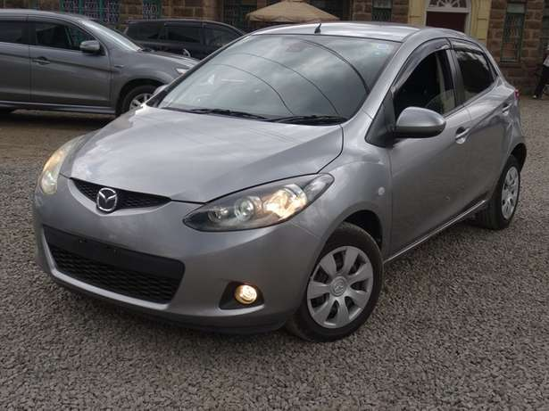 Mazda Demio silver colour 2010 model excellent condition Kilimani - image 2