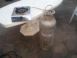 Industrial gas cylinder with gas) & stove for sale