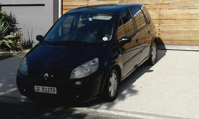Renault scenic2, 2005 ,dci , black manual , lovelly cond . lic2017 Wynberg - image 1