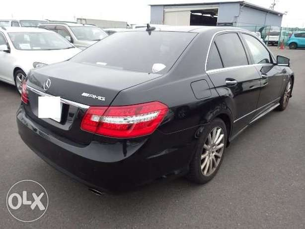 Mercedes Benz E350 AMG edition . 2010 model KCN number. Loaded with a Mombasa Island - image 2