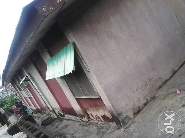 A bungalow comprising 3 bedroom flat and 2 bedroom with C of O N4.5m Alagbado - image 5