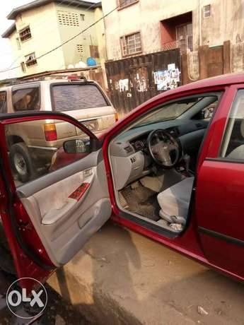 Foreign used Toyota corolla Mushin - image 5