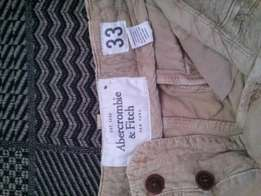 Abercrombie and Fitch cargo shorts size 33/34