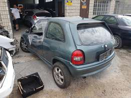 Opel corsa 1.4i 5spd manual stripping for spares