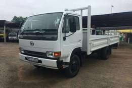 Nissan Cattle body NISSAN UD40 DROPSIDE BODY Truck