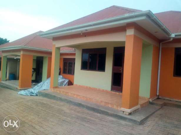 Executive two bedroom house is available for rent in namugongo mbalwa Kampala - image 1