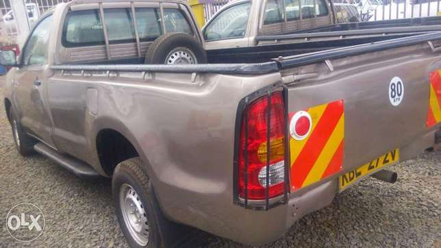Toyota hilux for quick sale Allsops - image 4