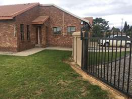 Room available in house in Grootfontein