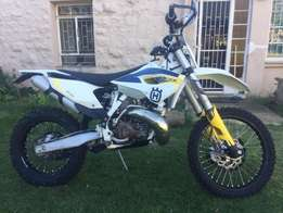 Husqvarna TE 300 for sale