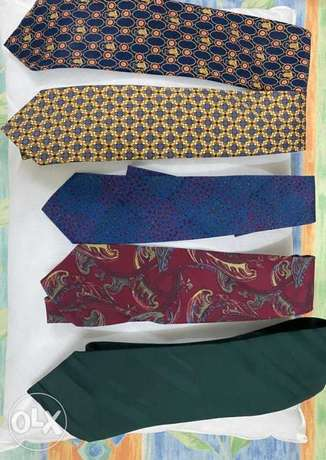 Ties ( all branded RO 1 each or RO 3 for all)