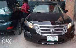 Super Clean and Sharp 2010 Honda Crosstour For Sale