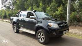 Toyota Hilux Double cab pickup, 5 speed manual Diesel engine, 3000cc