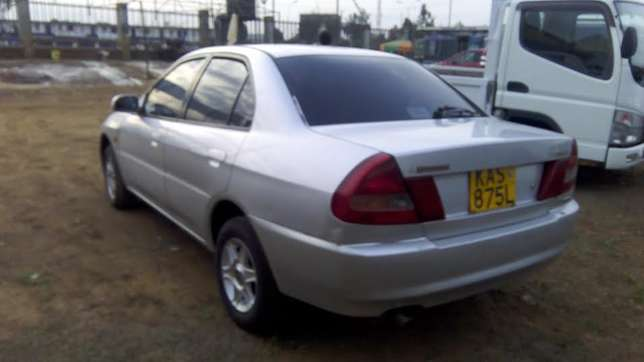 Mitsubishi lancer on quick sale 260k Ruiru - image 3