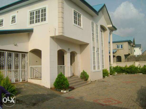 clean 4bed duplex for rent at cheap price wit bq Lokogoma - image 1