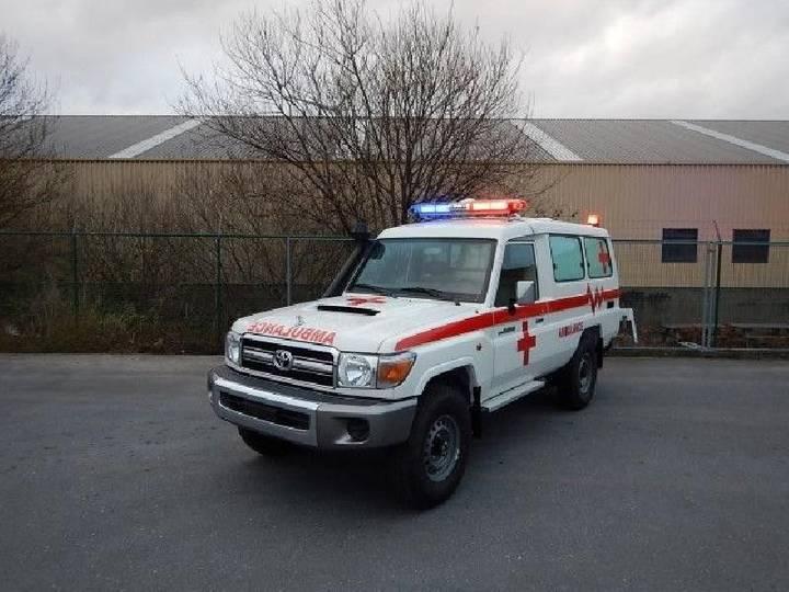 Toyota Land Cruiser Ambulance, VDJ 78, 4.2L