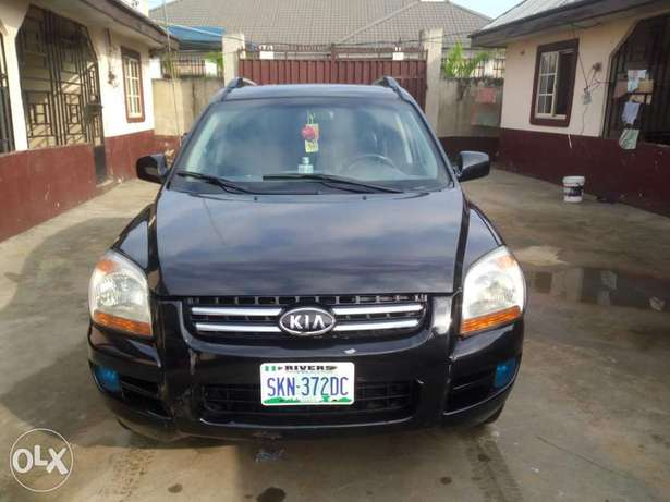 Clean Nigerian used Kia Spotage ,2006 Model Port Harcourt - image 1