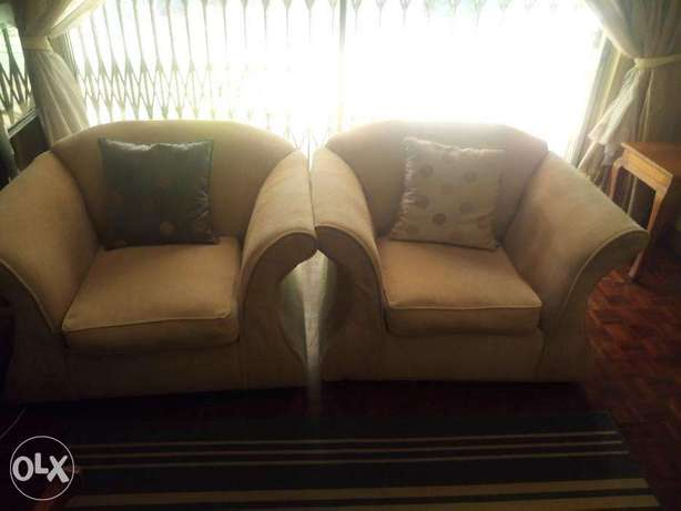 Comfy lounge sofa set for sale Kilimani - image 5