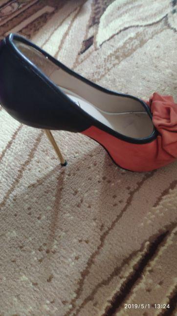 b98a5117f Продам туфли.: 300 грн. - Женская обувь Киев на Olx