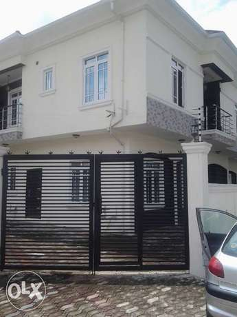A 5 Bedroom Duplex for sale in Agungi in a secure estate Lekki - image 1